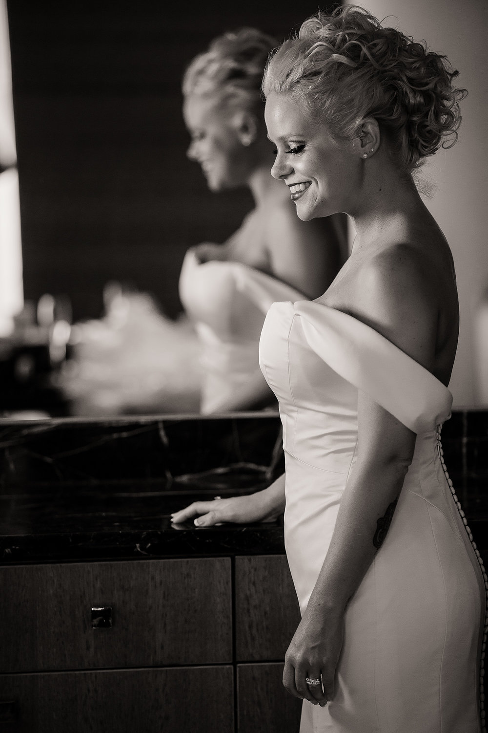 Westin Columbus Wedding- Robb McCormick Photography (23 of 127).jpg