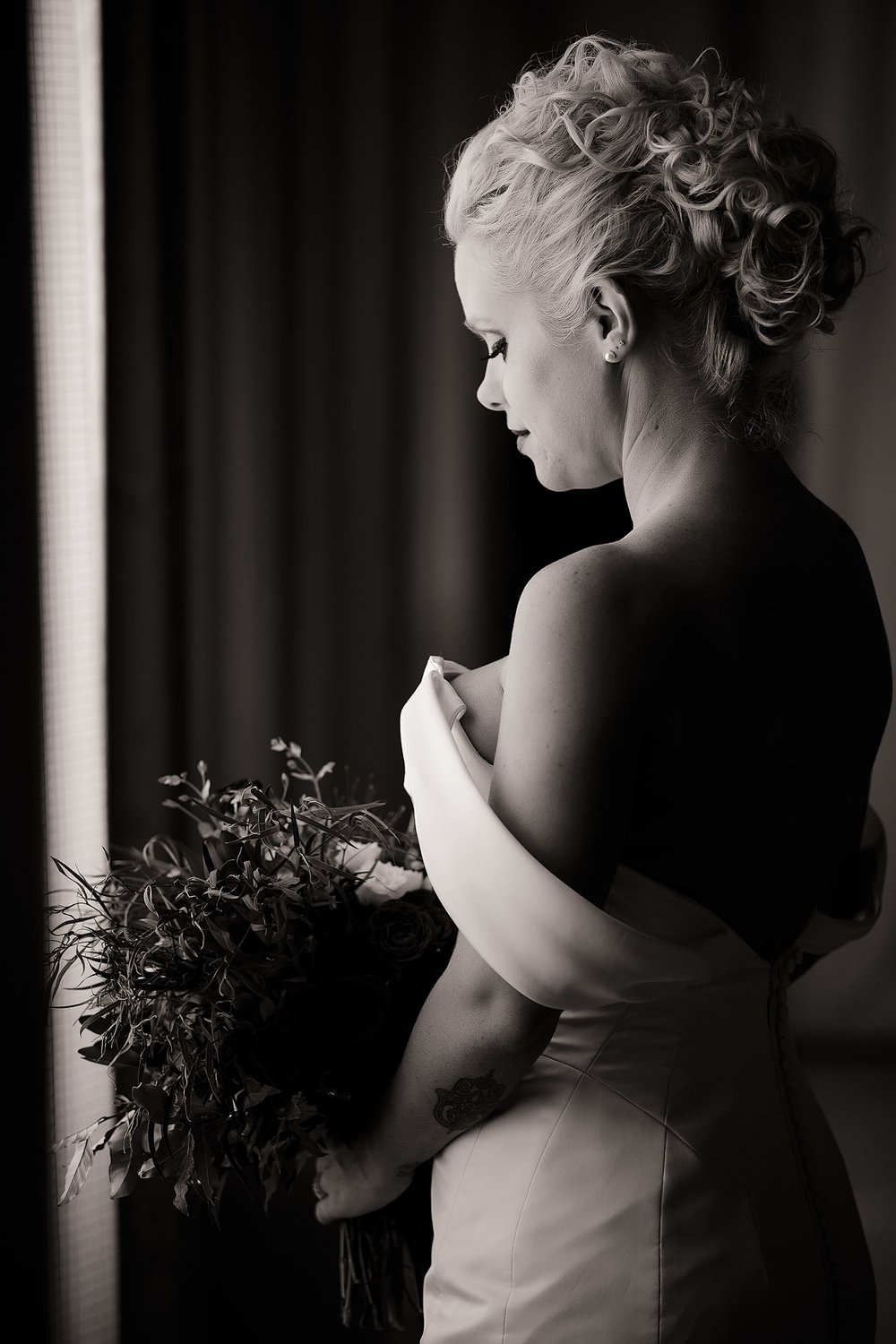 Westin Columbus Wedding- Robb McCormick Photography (29 of 127).jpg