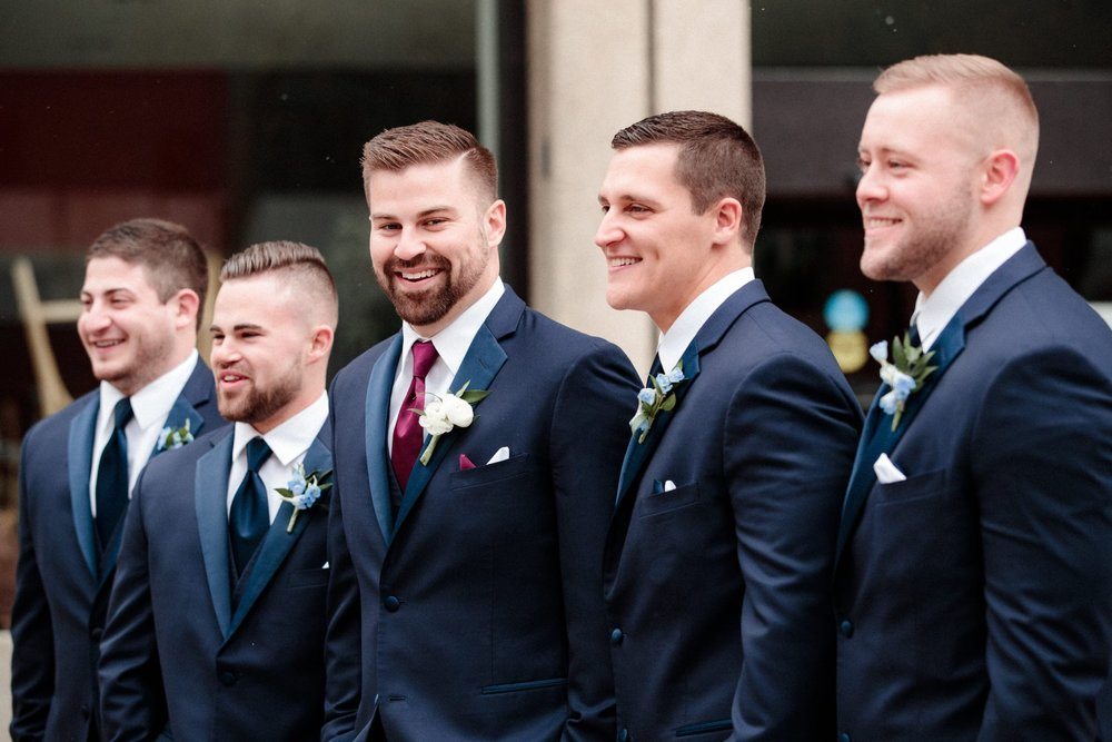 Grooms photo ideas and posing