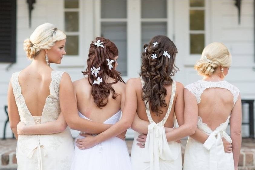 Bridal Services - The team at Fix Salon Studio is pleased to offer hair and makeup services in-salon and on-site for your wedding.  Your bridal stylist will love helping to bring your unique vision to life.