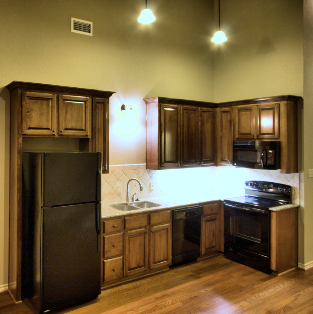 7 Perry Lofts Kitchen photo 7 15x20 300 dpi.jpg