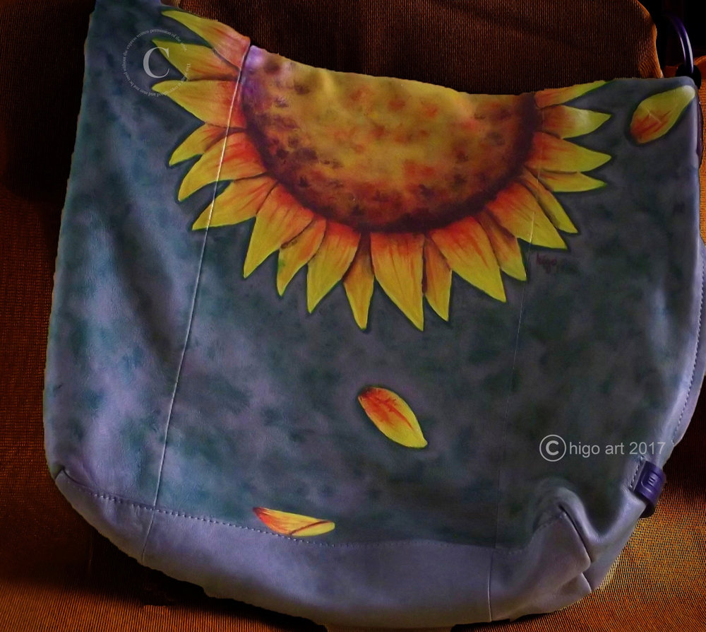 Higo Art - Painted Purse
