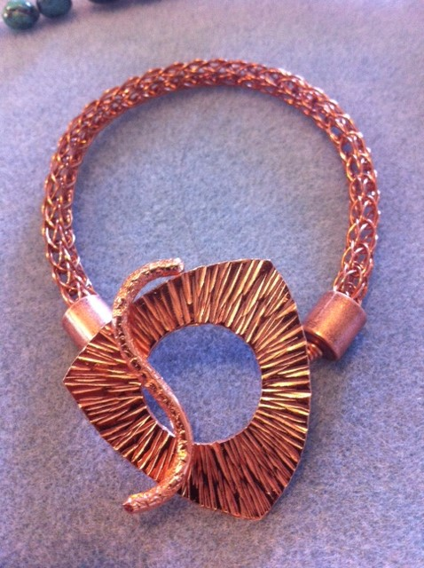 copper bracelet triangle closure.jpg