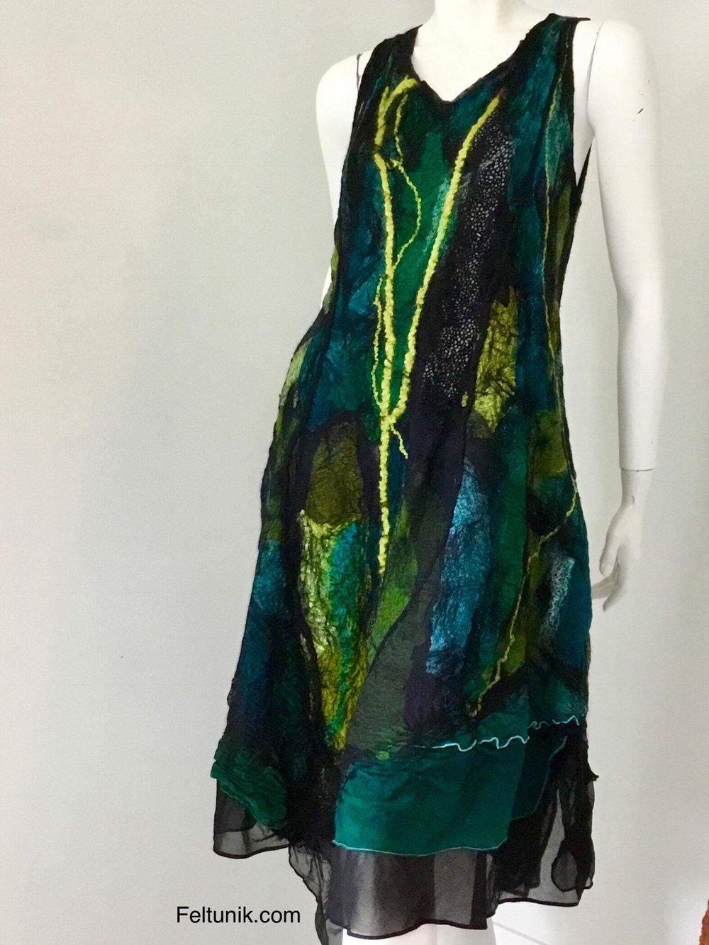 nina green dress.jpg