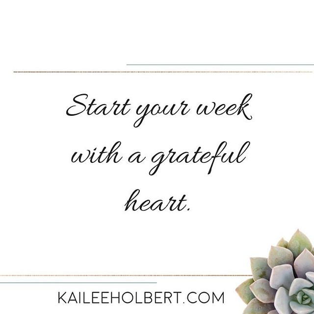 Gratitude is a choice and also a gift. What are YOU grateful for this week?! Drop your comments below! . . . #gratitude #newweek #faith #blessed #purpose #prayer #healthysoul360 #riseup #givemejesus #wholefulsoulsisters #thesteadfastsisterhood #sisterhood #daughterofgod #sistersinchrist #transformation #mindbodysoul #journey