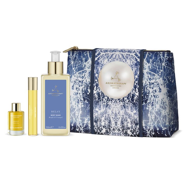 RELAX! - Am loving the new Aromatherapy Associates Sleep Kit full of AA Relax favourites, at SpaceNK.