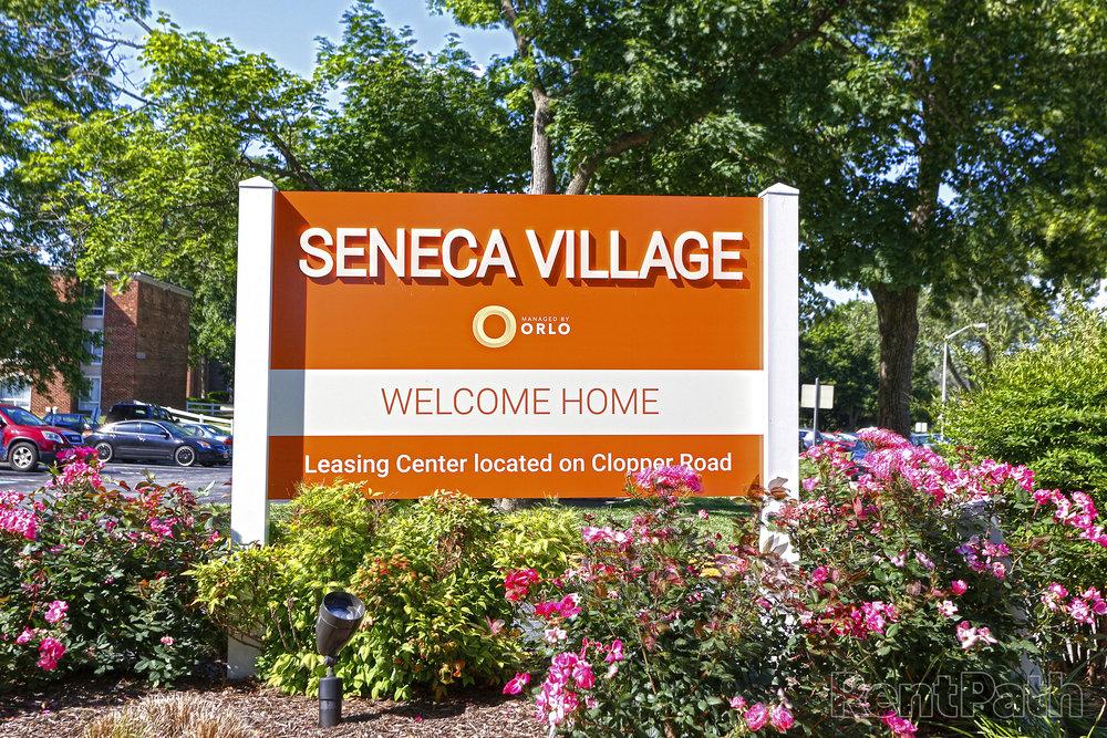 89006_hdp_senecavillage_ext_sign_r.jpg