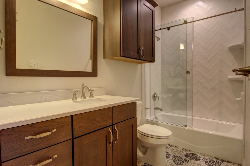 Second Bathroom (2).jpg