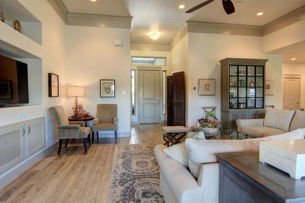 Living Area (5).jpg