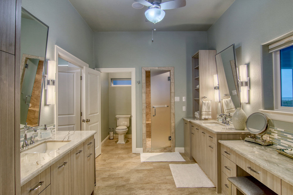 Master Bathroom.jpeg