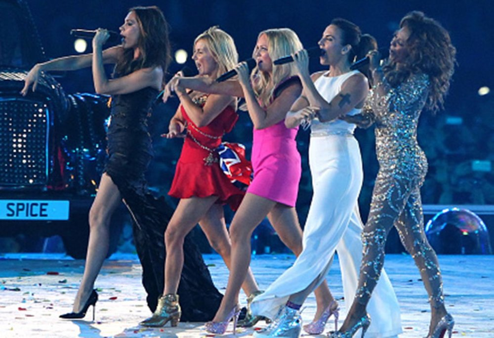 spice-girls-tp-reunite-2018-star.jpg