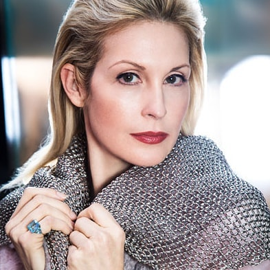 Kelly Rutherford for Resident magazine. 📷by our founder, @udophotography🎆