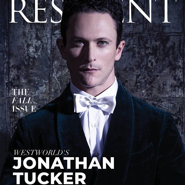 Jonathan Tucker @jonathanmtucker the amazing star of West World @westworldhbo shot by Udo for Resident @residentdigital  We have available appointments from September 25th.  Our studio is fully booked until then, so don't be late and reserve your spot now ☝