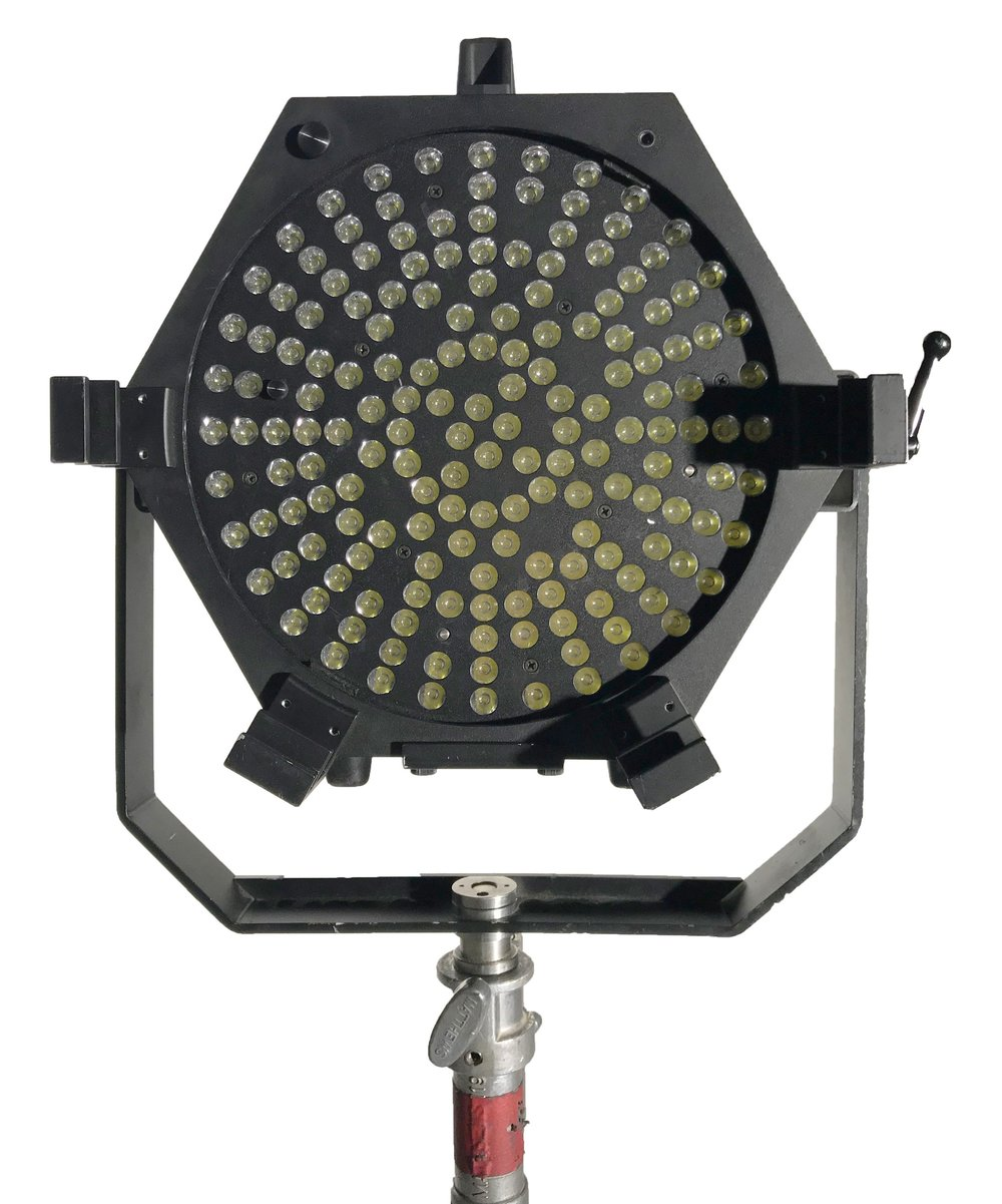 TUNGSTEN GRID - Power that rivals a 5000 watt fixture, efficiency that saves your production money, and a patented cooling system that lets you strike the set and set up new shots faster than ever before.