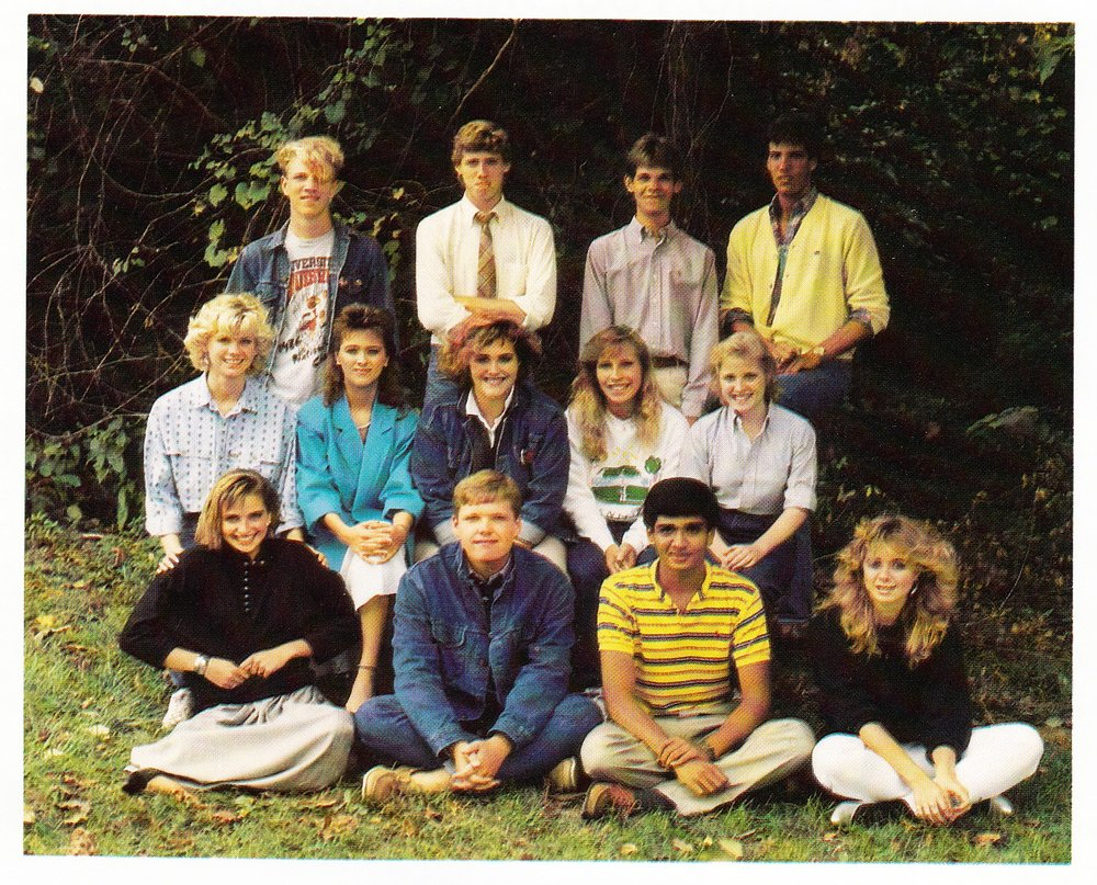 seniors+1987.jpg