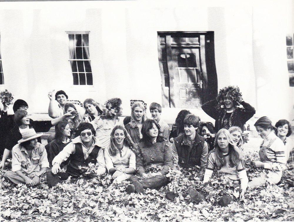 Seniors+1981+2nd.jpg