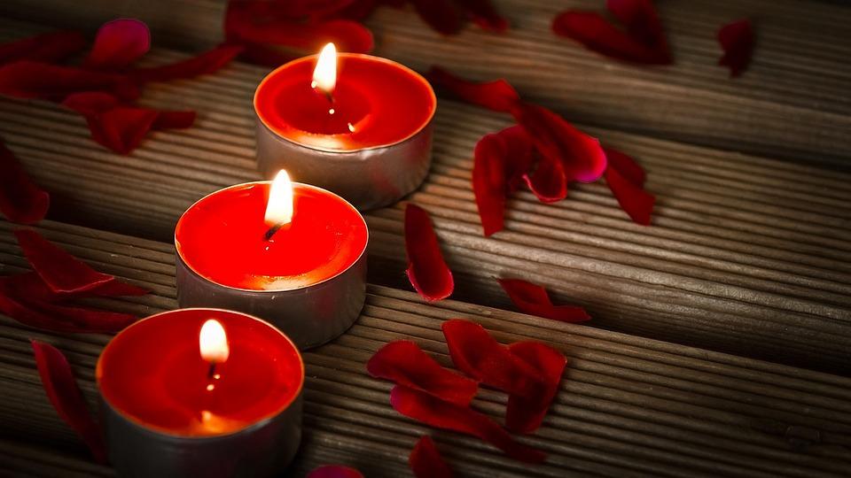 candles-1714800_960_720.jpg