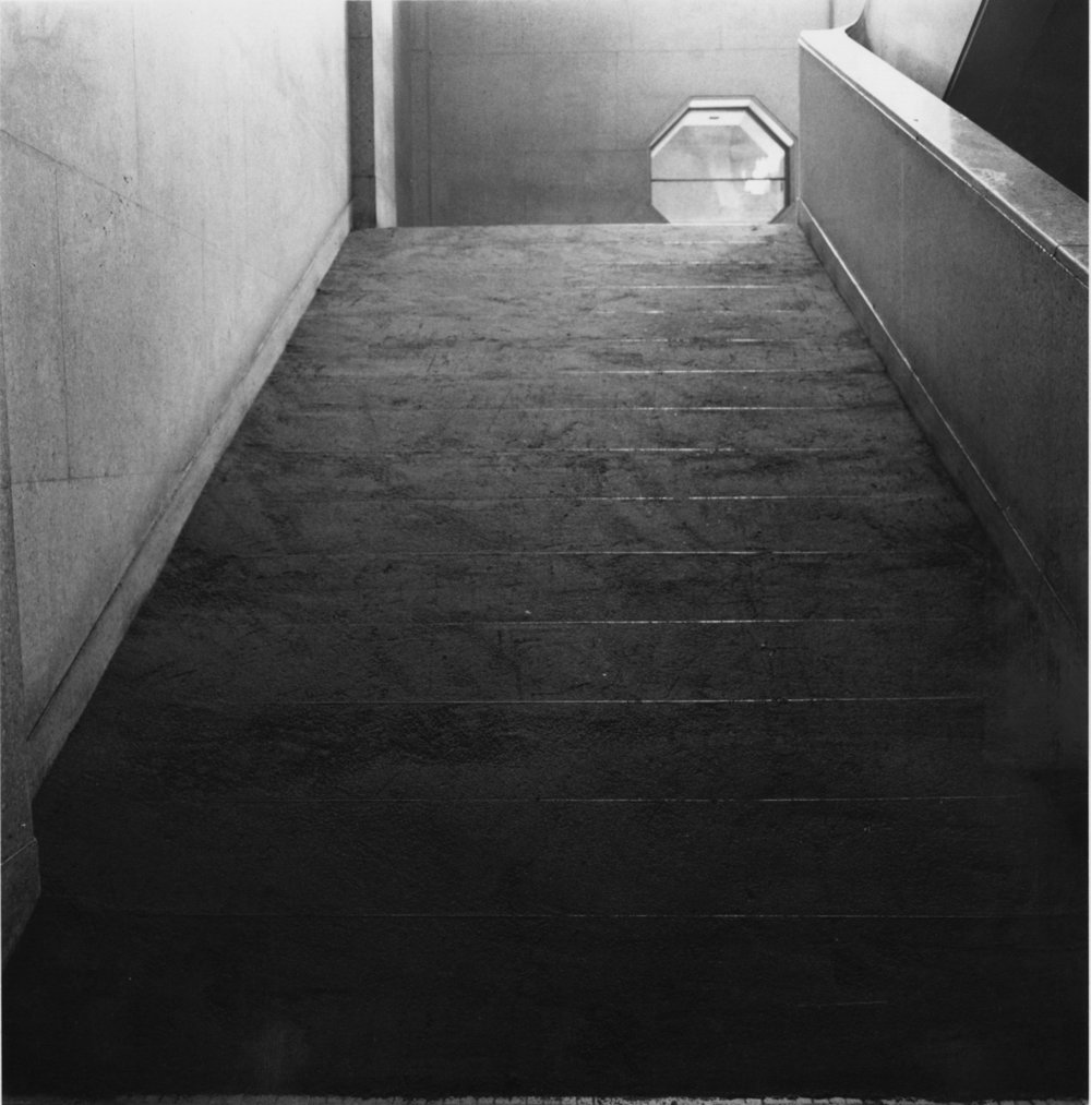 Infinite Situation II (steps) , 1970 無限状況 II (階段) ( M  ugen Jōkyō II [Kaidan])  Sand, stairs Dimensions variable Installation view,  Trends in Contemporary Art , National Museum of Modern Art, Kyoto 1970 Photo: Shigeo Anzaï