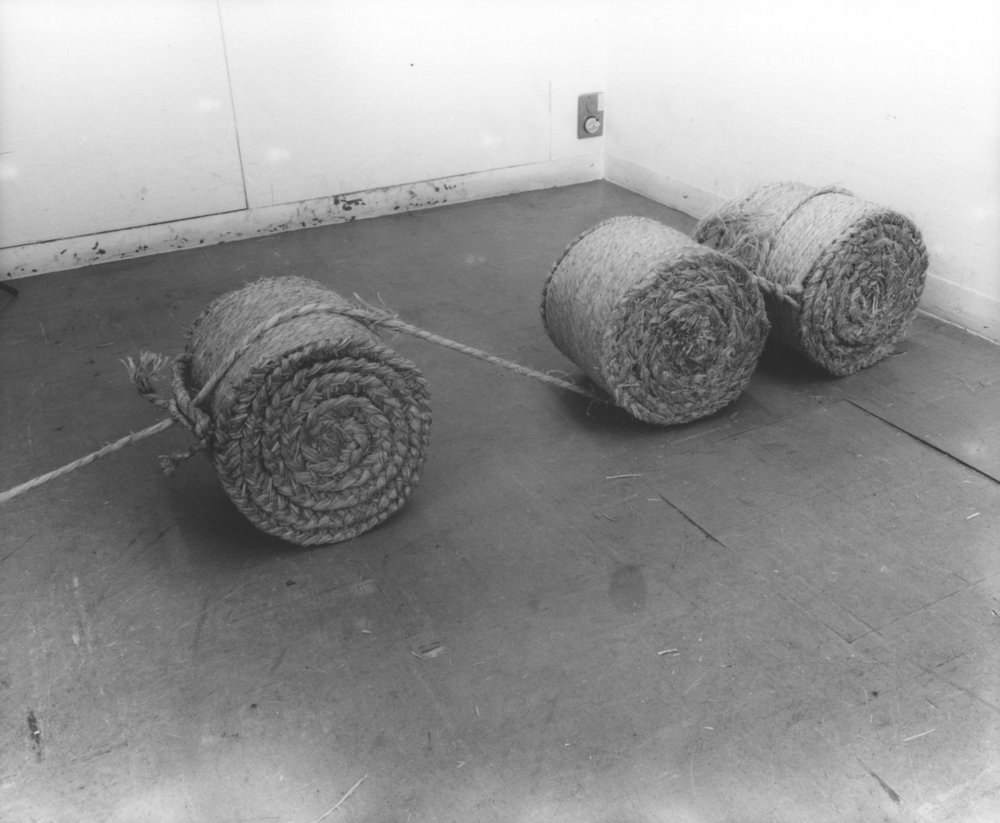 Fieldology , 1974 [detail] Straw rope Dimensions variable Installation view, Gallery 16, Kyoto, 1974. Photo: Shigeo Anzaï