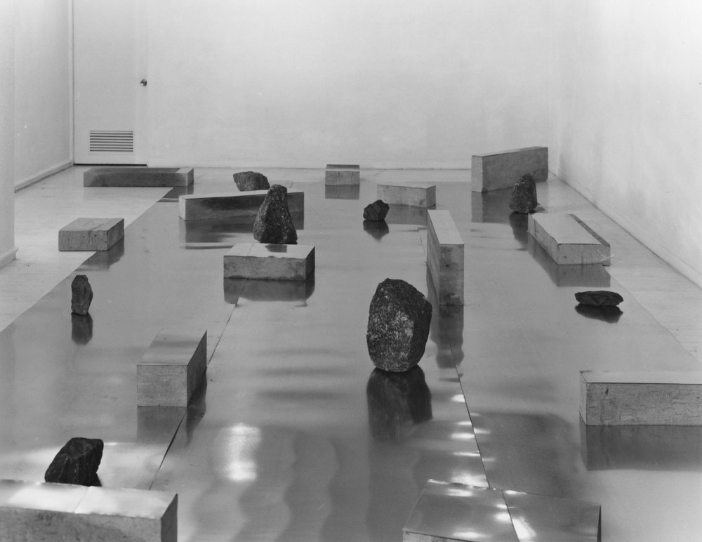 Gap of the Entrance to the Space , 1979 界入差 ( Kainyūsa ) Zinc plates, stones 1000 x 400 x 45 cm Installation view, Tokyo Gallery, 1979 Courtesy of Tokyo Gallery + BTAP