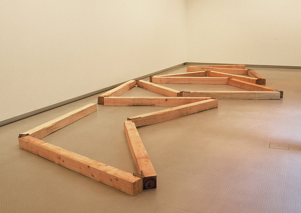 Contorted Positioning , 1982/1997 曲位 ( Kyokui ) Wood, twigs Dimensions variable Installation view,  Kishio Suga , Hiroshima City Museum of Contemporary Art, 1997 Photo: Tsuyoshi Satoh