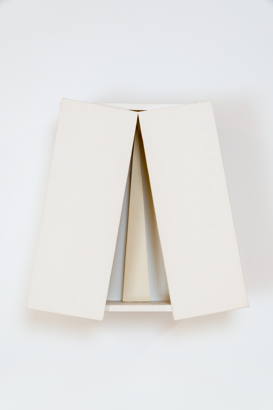 Territory of Latent Lights , 2008 潜光領 ( Senkōryō ) Plywood, wood, paint 15 1/8 x 14 15/16 x 5 1/8 inches 38.5 x 38 x 13 cm