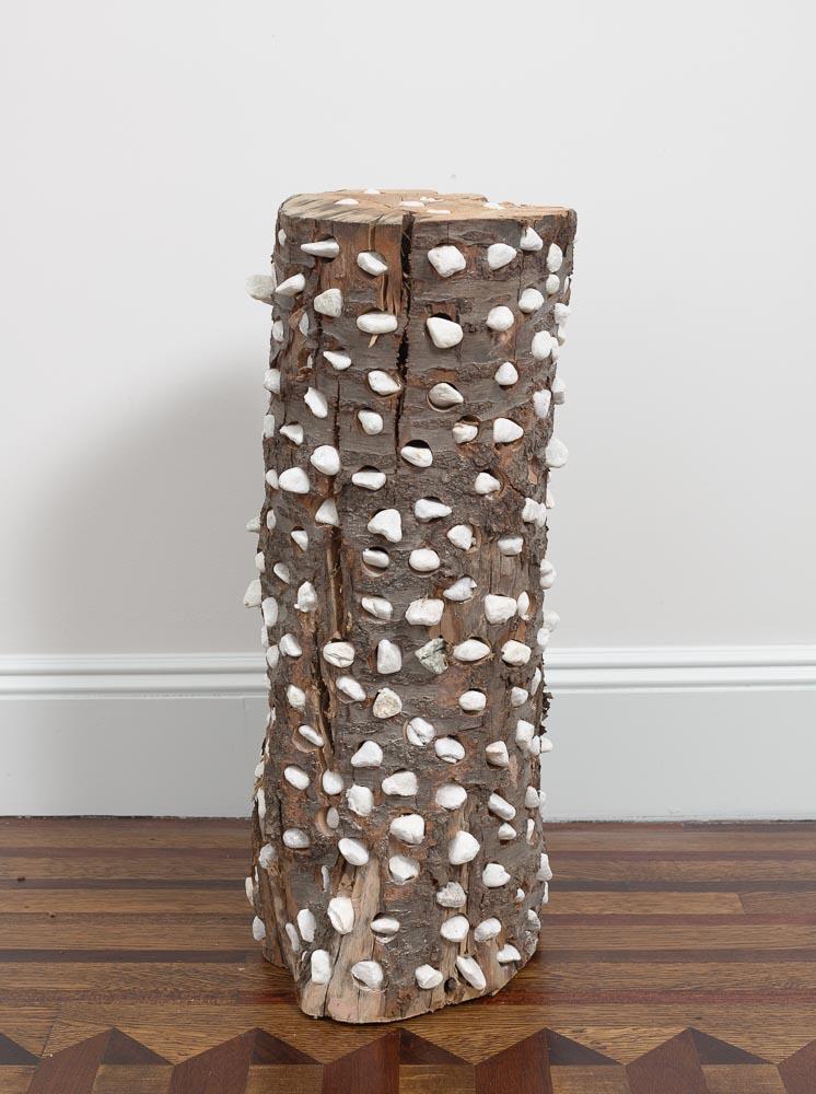 Concomitant Spaces , 2013-2014 共空 ( Kyōkū ) Wood, stones 26 9/16 x 11 x 11 1/4 inches 67.5 x 28 x 28.5 cm