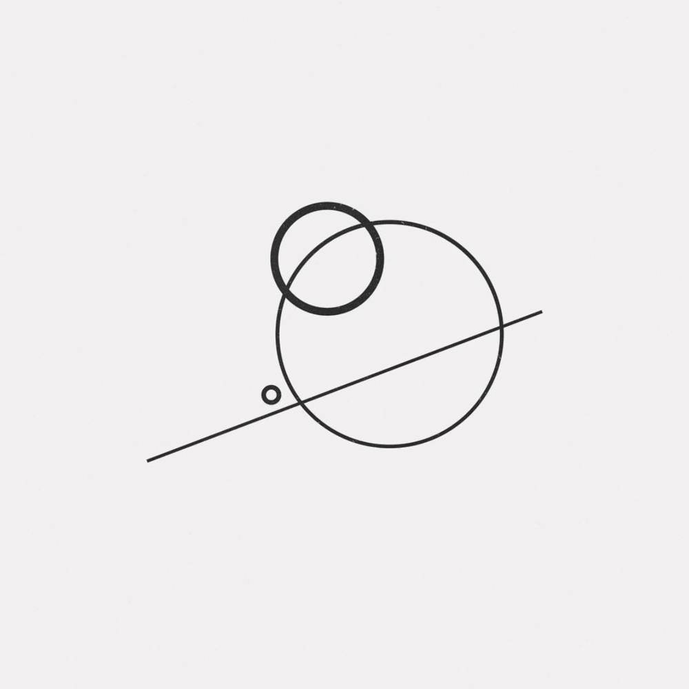 Pierre Voisin - @daily_minimal