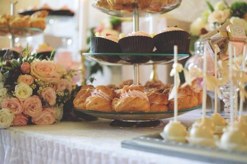 cakes.jpg
