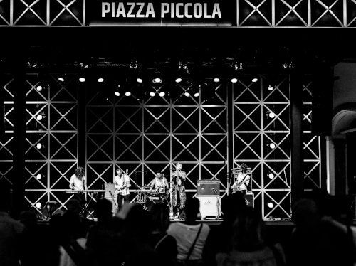 03 03 Live Print - Moon And Stars Locarno - Copyright Alexis Saile.jpg