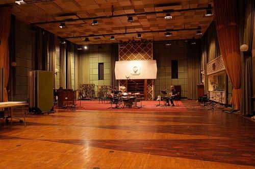 Studio MV3.jpg