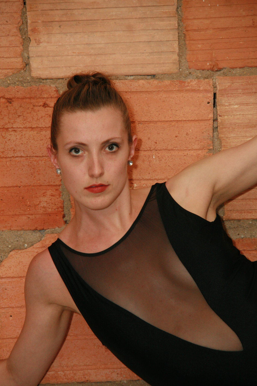 Shannon Maynor VISIONS Contemporary Ballet Principal Dancer 3.jpg