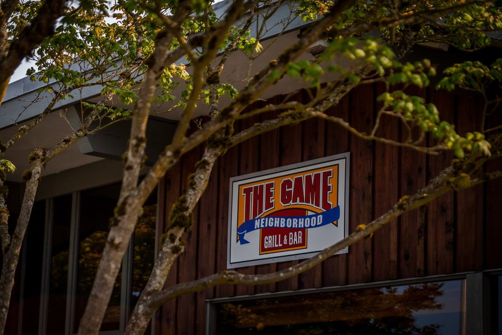 THE GAME NEIGHBORHOOD BAR & GRILL