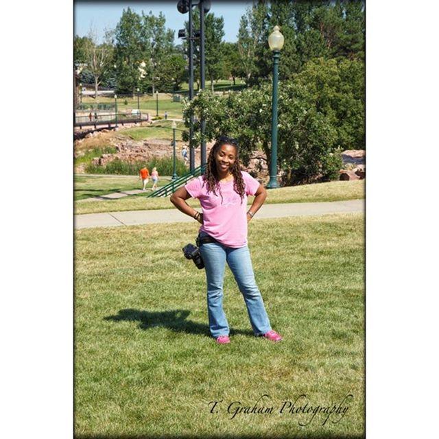 Me. #Siouxfalls #greenery #pink #jeans #beauty #sunshine #nice #photographer #photos #pictures #love #aphotoadaytakesthestressaway #cameras #grass #atlanta #atlantaphotographer