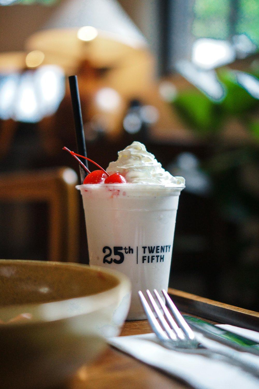 gelato milk shake (1).jpg