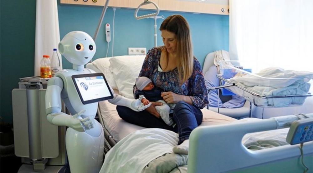 Robot mang tên 'Pepper' được thiết kế để chào đón, chăm sóc bệnh nhân cùng người thăm bệnh ở Bỉ
