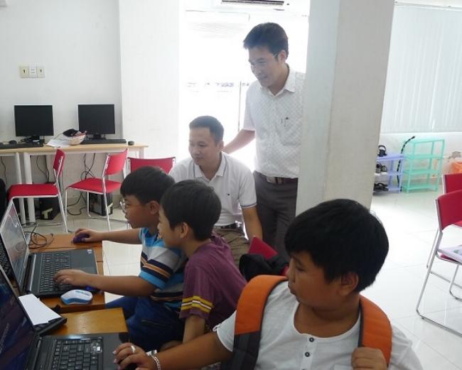 Đại diện Sở KH&CN tỉnh Hà Giang thăm quan mô hình hoạt động của Saigon Innovation Hub