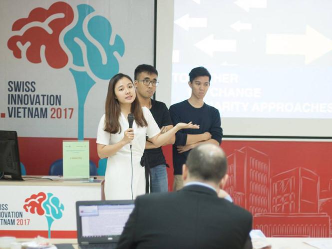Một đội dự thi Swiss Innovation Challenge Vietnam 2017 (SICV)