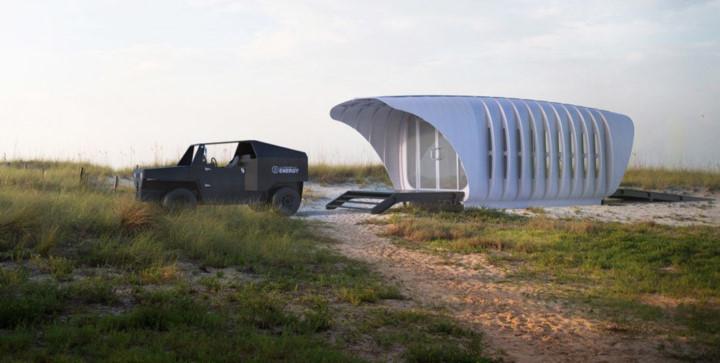 Nơi trú ẩn SOM Print 3D: Ngôi nhà được xây dựng giống như không gian trong bộ phim khoa học viễn tưởng. Ngôi nhà có bảng điều khiển năng lượng mặt trời và đi kèm một chiếc xe riêng. Điều dặc biệt là ngôi nhà và chiếc xe có thể chia sẻ điện năng mà không cần dây dẫn.