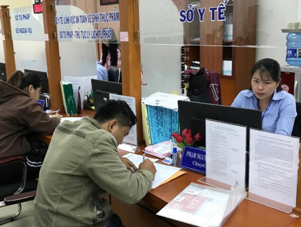 Bà Rịa - Vũng Tàu đã triển khai trung tâm một cửa tập trung cho cấp tỉnh vào năm 2016, trở thành một trong các tỉnh đầu tiên làm mô hình này cùng Đà Nẵng, Bình Dương, Quảng Ninh.
