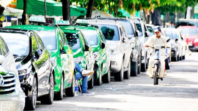 xe-taxi-bao-sggp-pytt-1501660361385.jpg