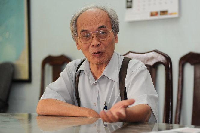 - Tiến sĩ Nguyễn Bách Phúc (Chủ tịch Hội tư vấn Khoa học công nghệ và Quản lý TPHCM) lại đánh giá đây là việc làm sai lầm, không phải giải pháp cơ bản, sai hoàn toàn về khoa học.