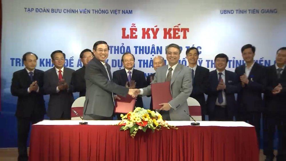 Năm 2017, - Mỹ Tho (Tiền Giang) cũng ký kết với VNPT.