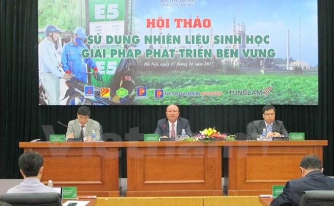 Hội thảo Sử dụng nhiên liệu sinh học, giải pháp phát triển bền vững ngày 17/10. (Ảnh: Đức Duy/Vietnam+)