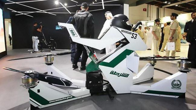 Mẫu môtô bay của cảnh sát Dubai - Ảnh: B.I.