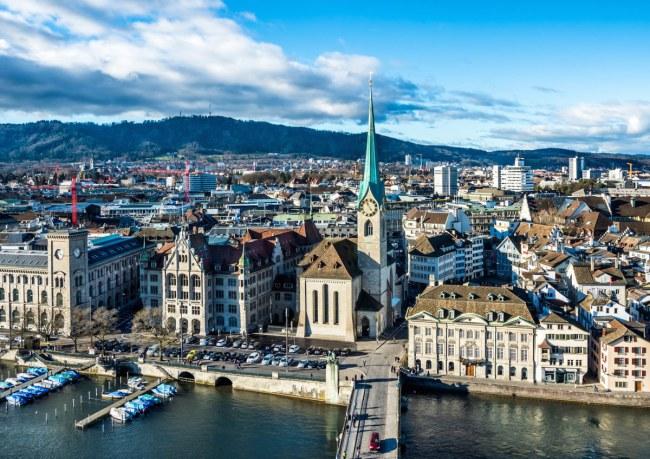 Zurich – Thụy Sỹ - Với một kế hoạch hoạch định đô thị toàn diện, mở rộng không gian xanh.