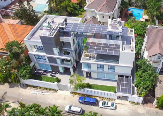 Việt Nam đã ban hành nhiều chính sách phát triển về điện mặt trời mà mới đây nhất là Quyết định số 11 của Thủ tướng Chính phủ.