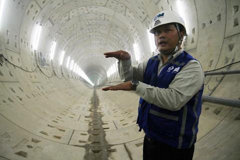 Ông Phan Hữu Duy Quốc – đại diện nhà thầu Shimizu cho biết, đường hầm này nằm sâu 10m dưới lòng đất