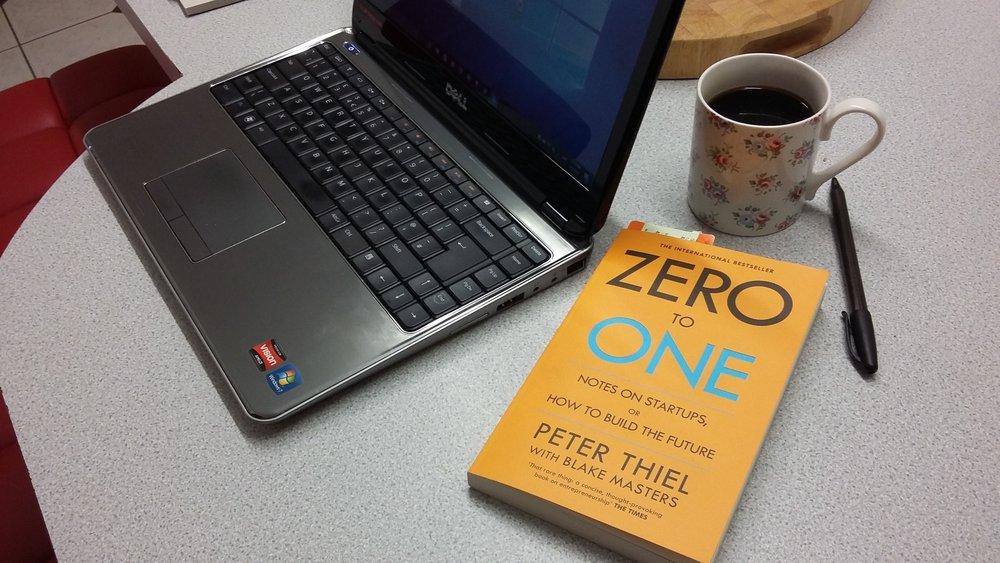 Không đến Một (Zero to One) – tác giả Peter Thiel và Blake Master -