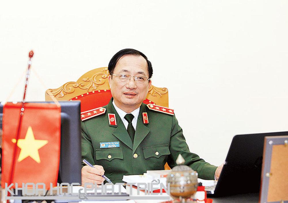 PGS-TS Nguyễn Văn Thành. Ảnh: Loan Lê